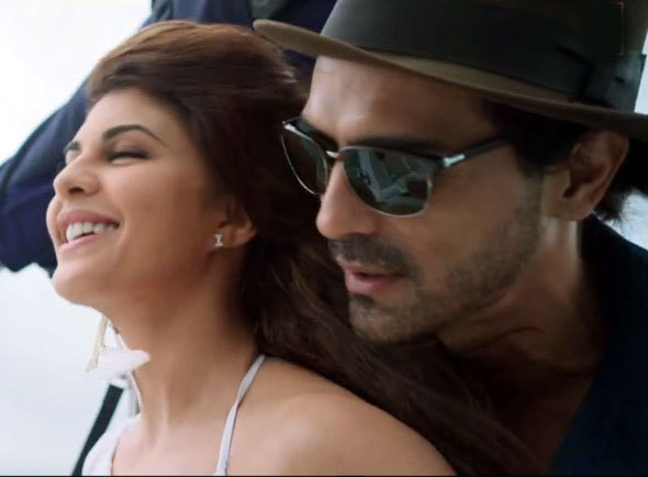 rf6xvkqnkovf83hl.D.0.Jacqueline-Fernandez-Arjun-Rampal-Movie-ROY-Song-Photo.jpg